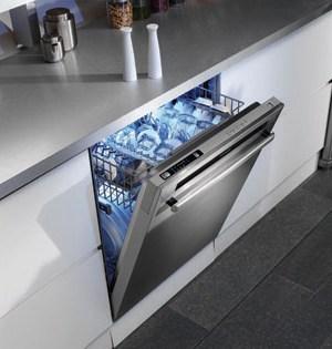 Blomberg opvaskemaskine i rustfrit stål