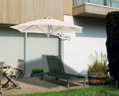 Vægparasol   spar plads på jorden på en nem måde
