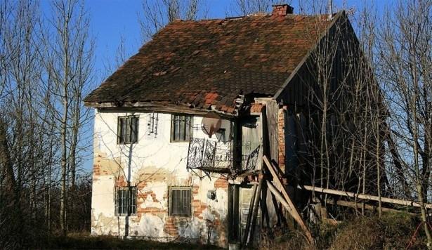 tilskud til nedrivning af forfaldent hus