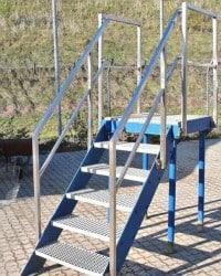 Fristående ståltrappe