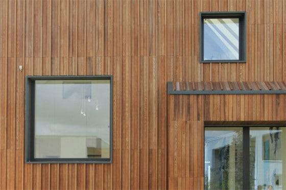 Nye vinduer i træhus