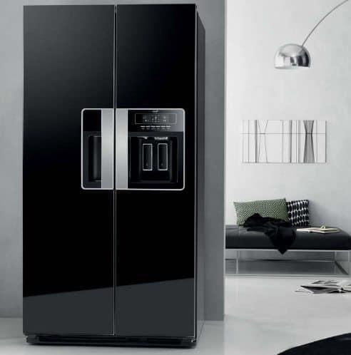sort-køleskab