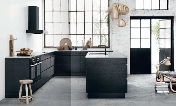 Hus med sort køkken   nyt køkken inkl. priser og designs