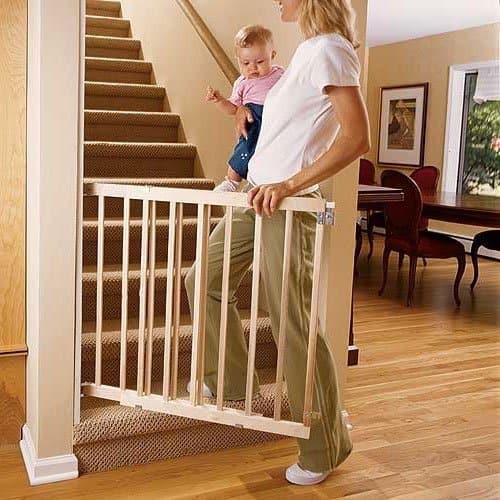 Låge til trappe silvan – Køkkenredskaber