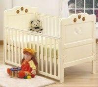 Er du klar til at komme din baby over i en tremmeseng, så er der