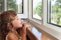 Sikkerhed på vinduer for børn