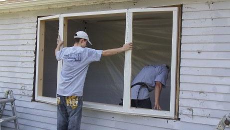 Montering af vinduer - Pris på isættelse af vinduer - Hus Plus Have